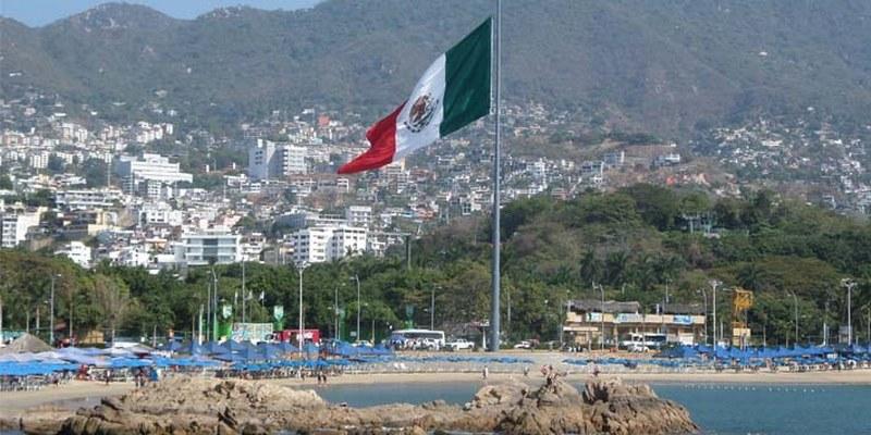Pese a quejas, continua la llegada de turistas en Acapulco