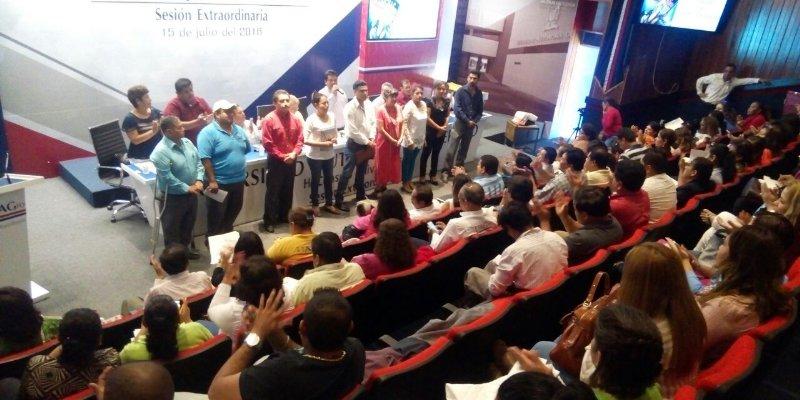 Emplaza STTAISUAG huelga en Uagro; exigen 20% de aumento salarial