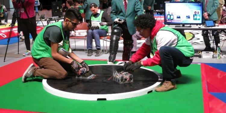Mexicanos competiran en torneo de robot-sumo en Tokio 2