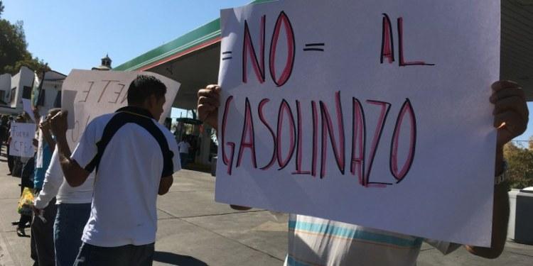Hay mil 400 amparos contra gasolinazo: CJF 1
