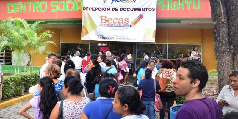 Critican que Sedesol de Acapulco lleve 11 días sin titular