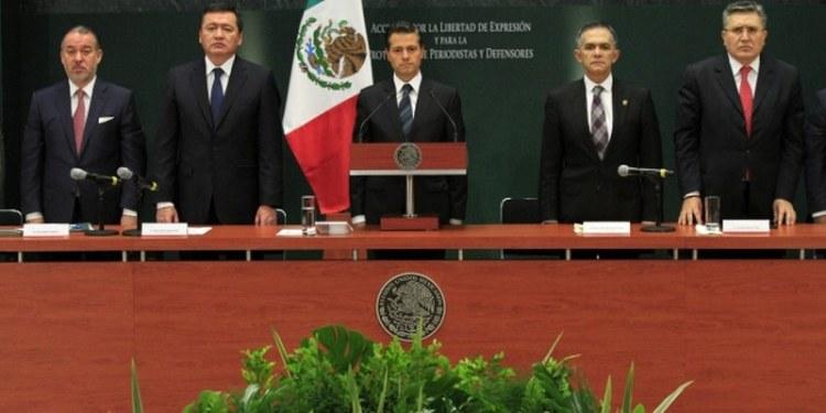 Peña: medidas a favor de periodistas