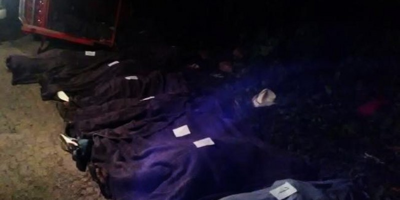 Mueren 16 personas en choque automovilístico en Puebla