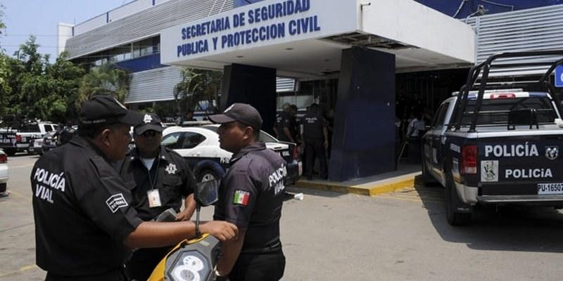 Bajos salarios, corrupción y abusos, así ven los policías su profesión