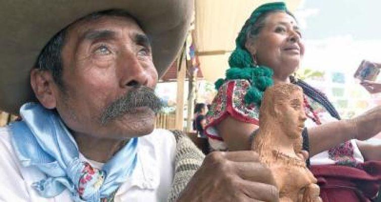 Artesano invidente de Oaxaca conquista EU con sirenas