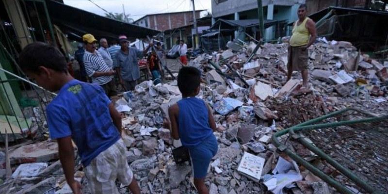 Sismo de 6 grados deja 2 heridos en Ecuador