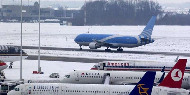 Anulan vuelos en aeropuerto de Bruselas por intensa nevada
