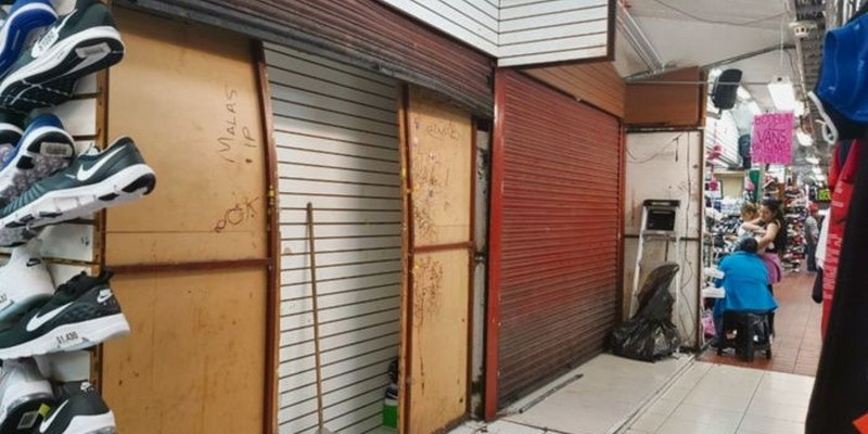 "Guadalajara: decomisan 13 toneladas de tenis ""pirata"""