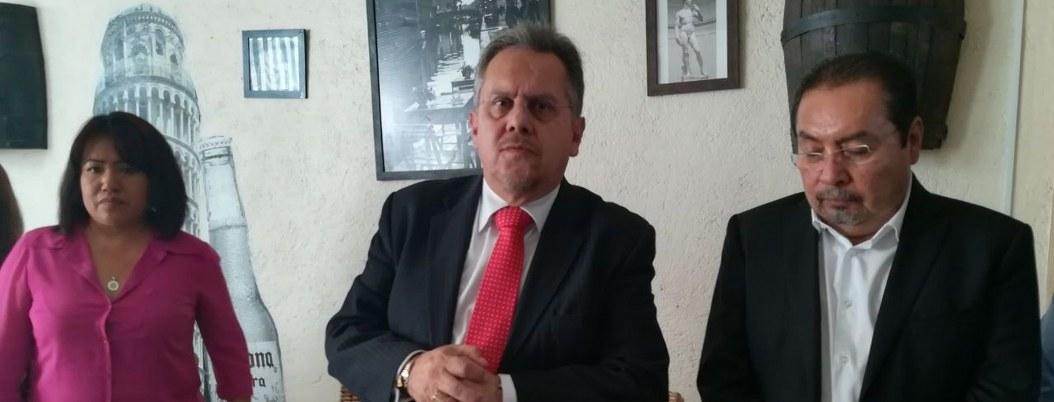 Carlos Macedo durante una conferencia en Chilpancingo