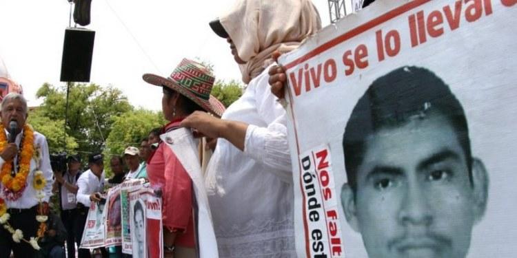 Juez ordena a PGR revisar actuación de funcionarios en caso Iguala 1