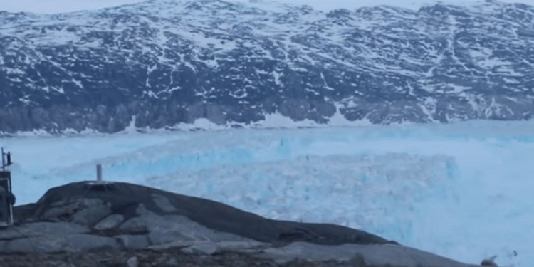 Captan separación de 6 kilómetros de glaciar en Groelandia 1