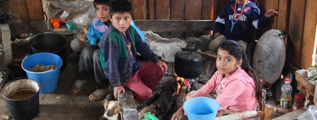 Desnutrición y pobreza, padecen niños de Guerrero
