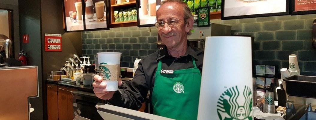 Starbucks no pagará a mexicanos en cuarentena, a otros países sí