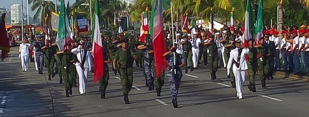 Desfile Militar con poco público, en un Acapulco sin motivos patrios