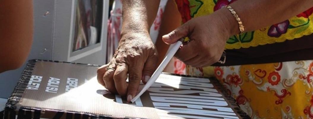 Renuncian a cargos de regidora o diputada más de 30 mujeres en Chiapas