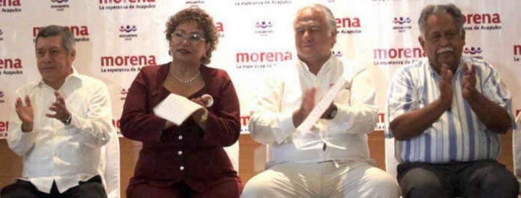 Adela Román suplantó a regidores por 'amigos' en entrega-recepción