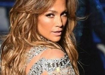 Grafitean estrella de Jennifer Lopez en el paseo de la fama 1