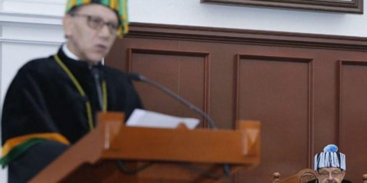 UAEM reconoce a Jorge Flores con horis causa por aportaciones a la física 1