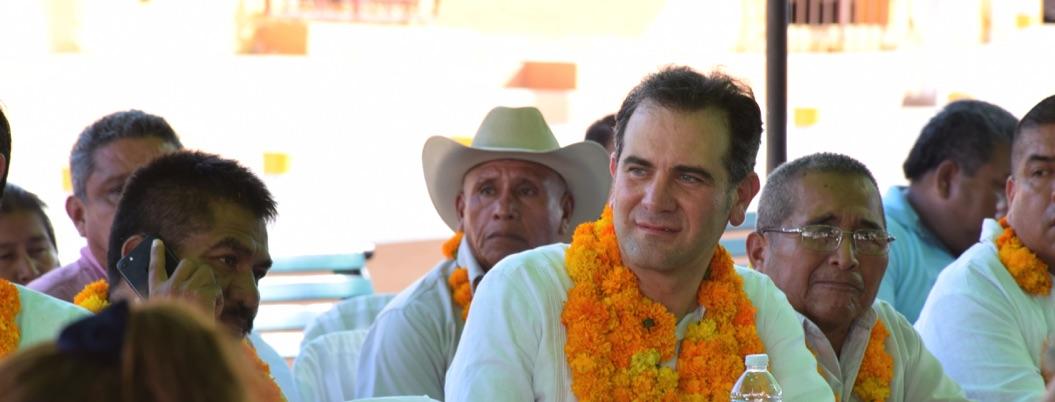 Córdova llama a cimentar derechos indígenas a Consejo de Ayutla