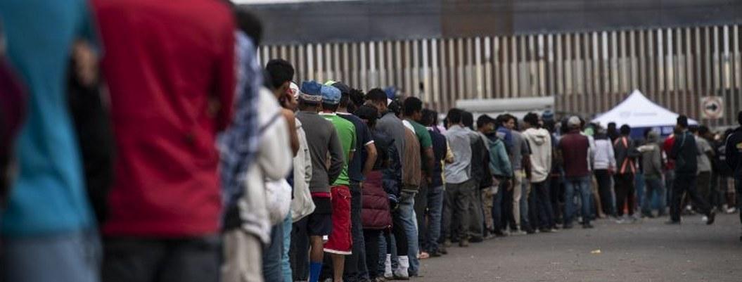 EU cierra frontera en San Isidro ante la llegada de migrantes