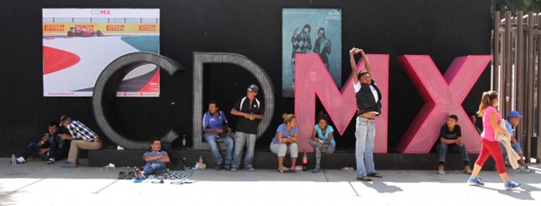 Centroamericanos esperan encontrar un empleo en México