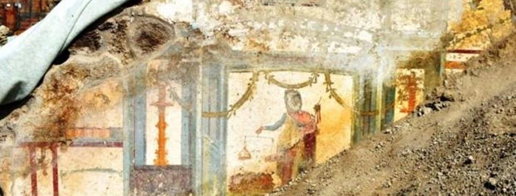Encuentran fresco con personajes mitológicos en ruinas de Pompeya