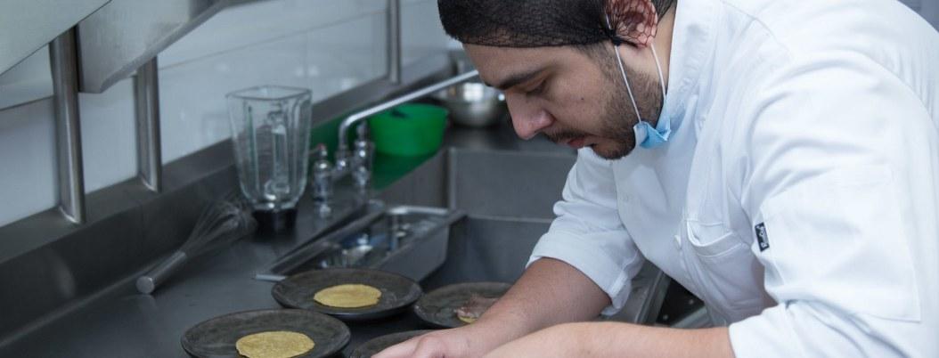 Chef mexicano muestra en Canadá su secreto culinario