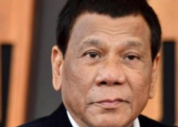 Presidente filipino Duterte prefiere morir que enfrentar tribunal internacional, afirman 5