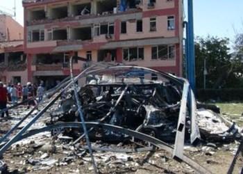 Suma 20 muertos por doble atentado en Somalia 3