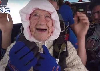 La paracadista más longeva del mundo tiene 102 años 1