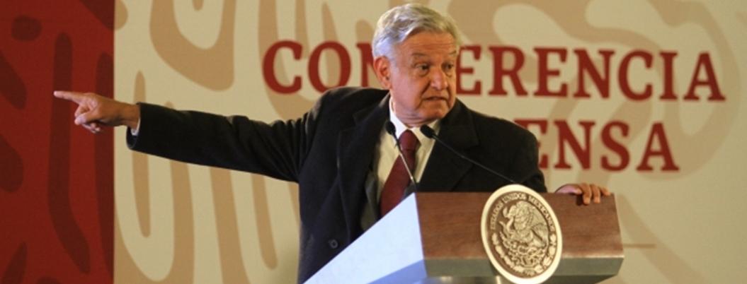 """AMLO transparenta patrimonio; """"acumular bienes no da felicidad"""", dice"""