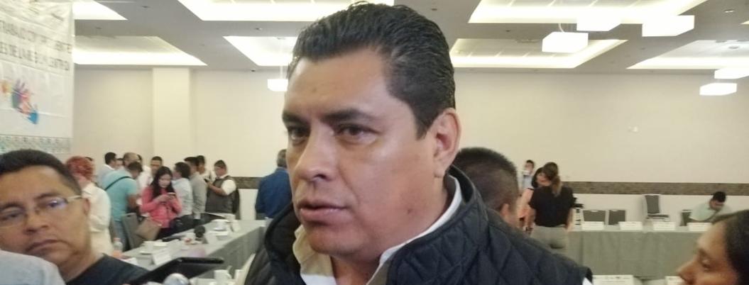 Antonio Gaspar cobrará 42 mil pesos a estacionamientos como refrendo