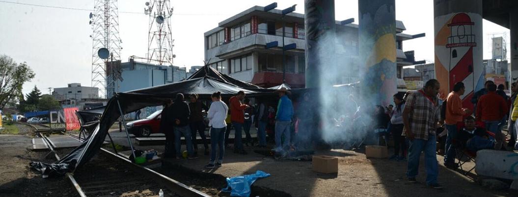 Paro de la CNTE mantiene varados a más de 150 trenes en Michocán
