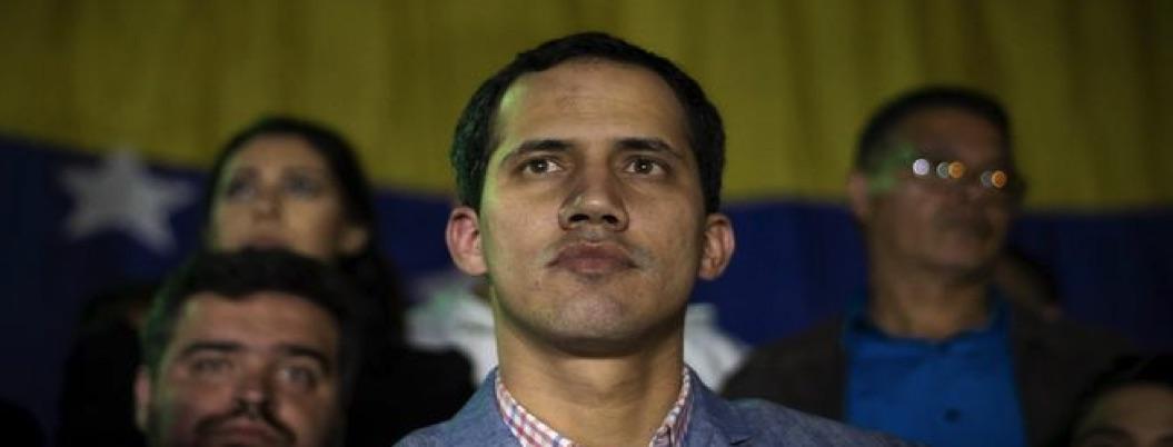 Guaidó acusa a Maduro de intentar transferir fondos públicos a Uruguay