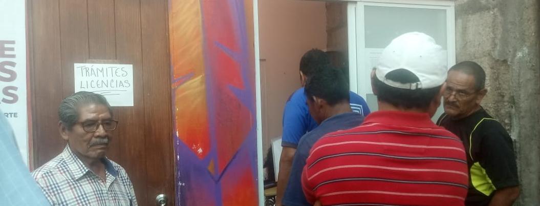 Denuncian prepotencia de trabajadores del Ayuntamiento de Acapulco