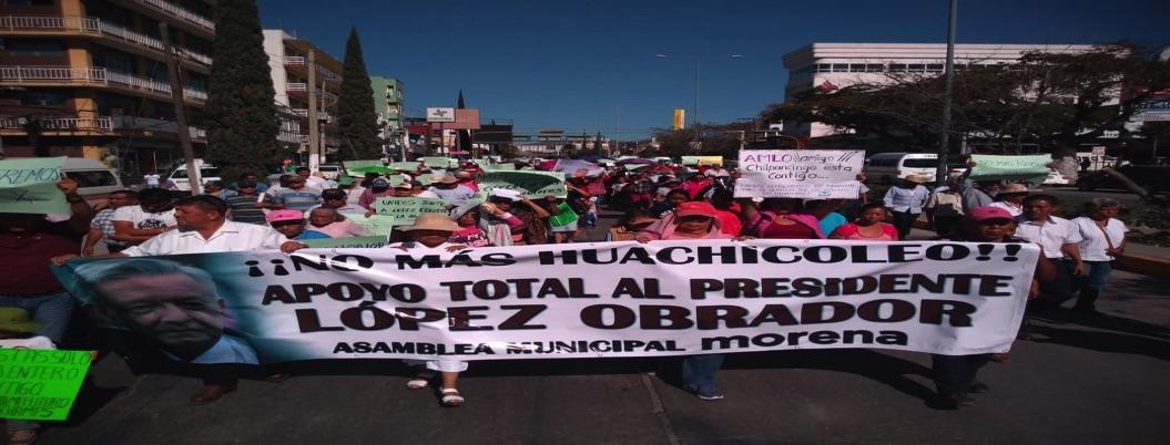 Sociedad civil marcha en Chilpancingo en respaldo a políticas deAMLO