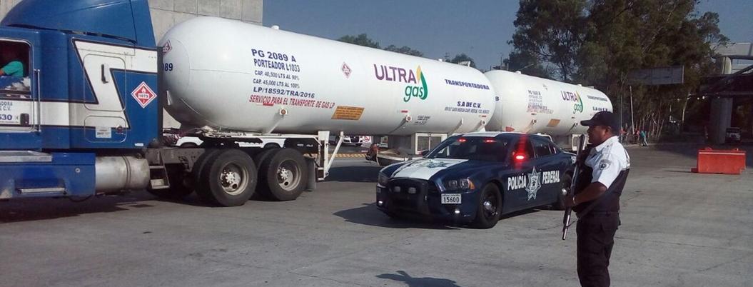 SAT anuncia horario 24/7 de importación de combustible por desabasto