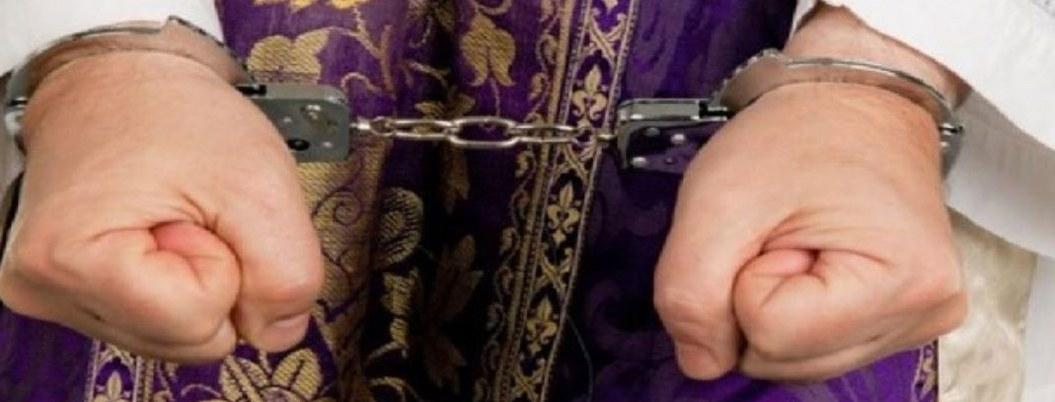 Arrestan a sacerdotes franceses por maltrato y abuso de menores