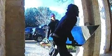 Ladrones más torpes del mundo; regresan tv porque no entro en su auto 11