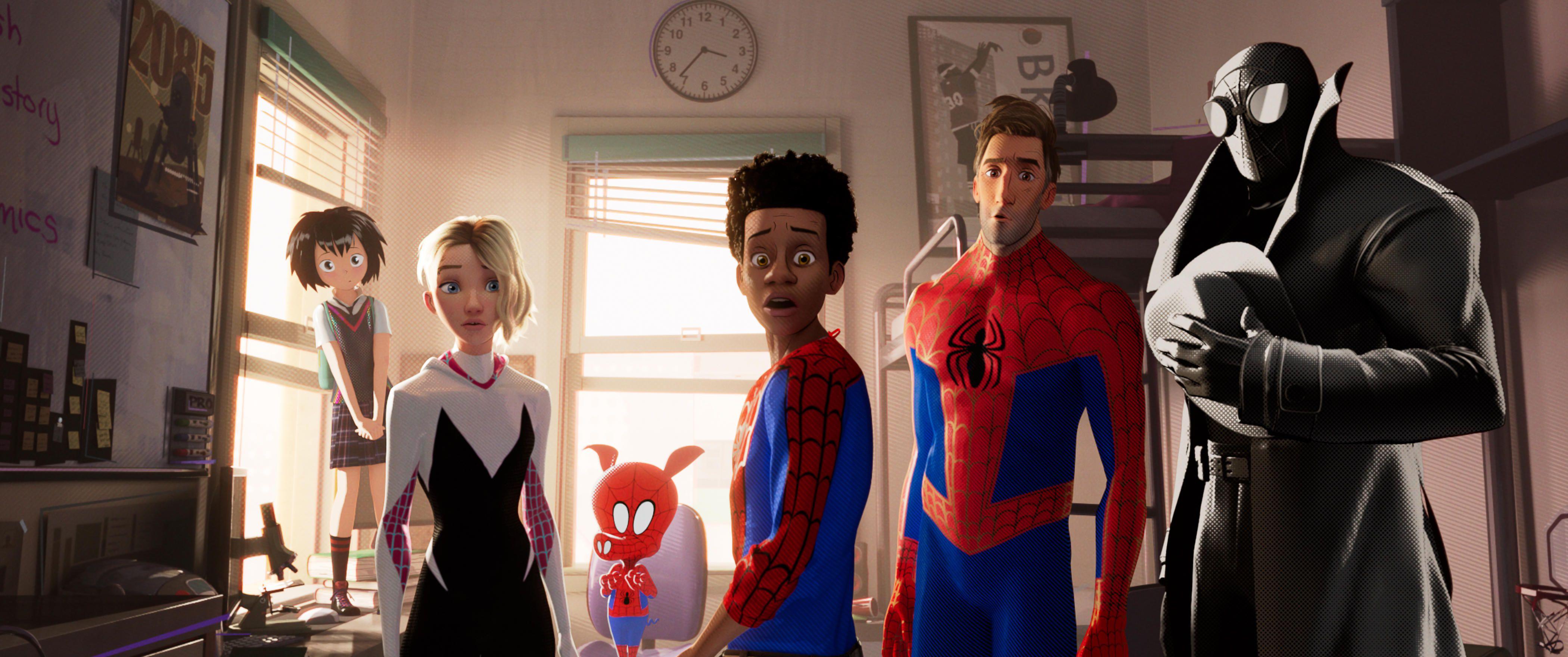 """""""Spider-Man:Into the Spider-Verse"""" gana como mejor película animada"""
