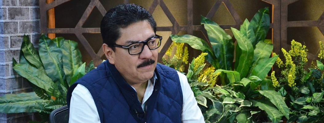 Ulises Ruiz chilla porque lo relegan de dirigencia del PRI