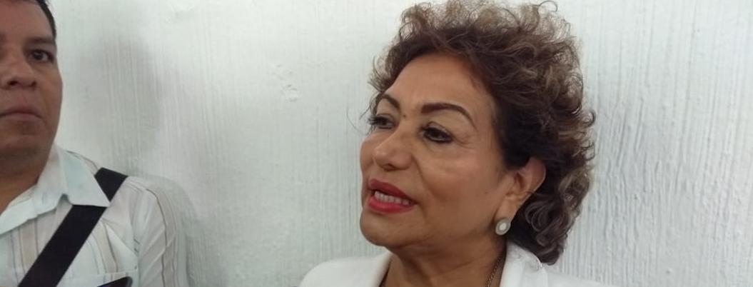 Adela se obsesiona con clausura de gaseras ilegales