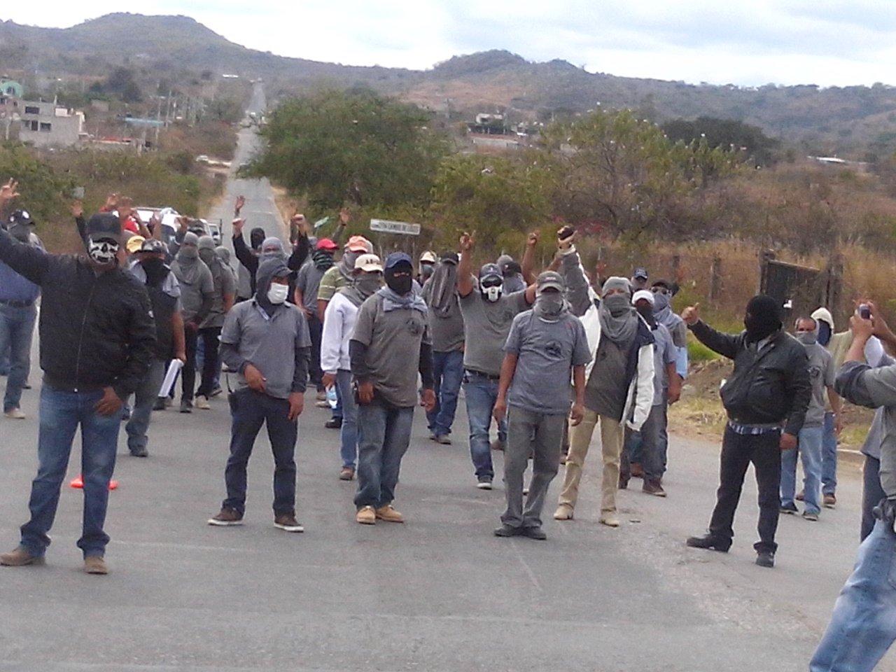 Al parecer los comunitarios recibieron notificaciones de que en localidades cercanas había presencia de hombres armados