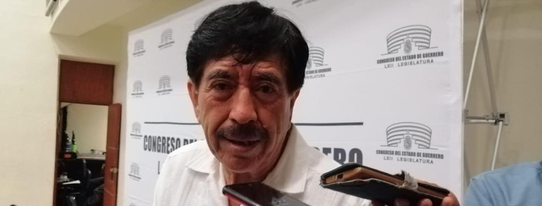 """""""Regidores ya no deben subordinarse a alcaldes"""", sostiene Helguera"""