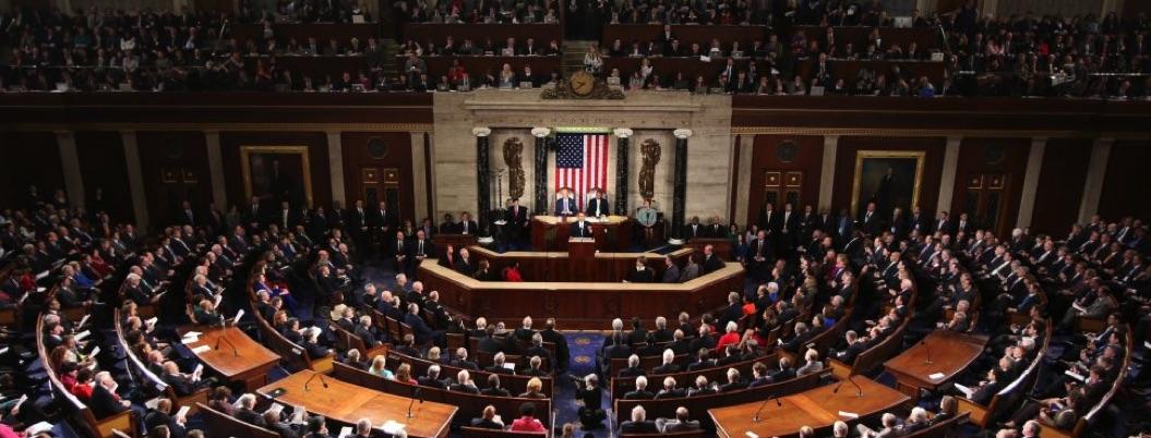Cámara de representantes frena declaración de emergencia de Trump