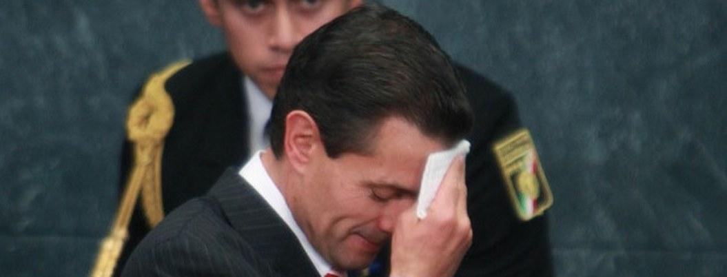 Peña Nieto pañuelo sudor cabello 1055x402