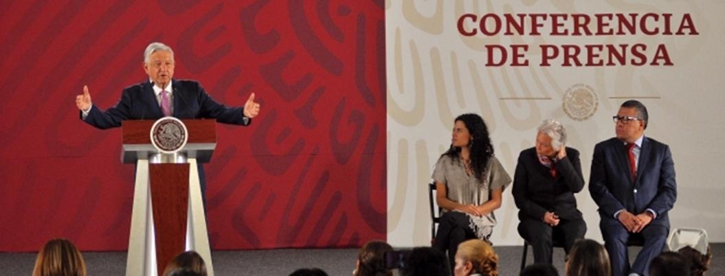 """""""Ningún gobierno anterior invirtió en nuestros jóvenes"""": Andrés Manuel"""