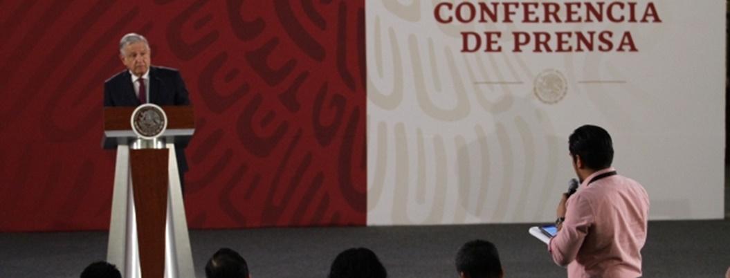 AMLO garantiza libertad de periodistas y acabar con impunidad