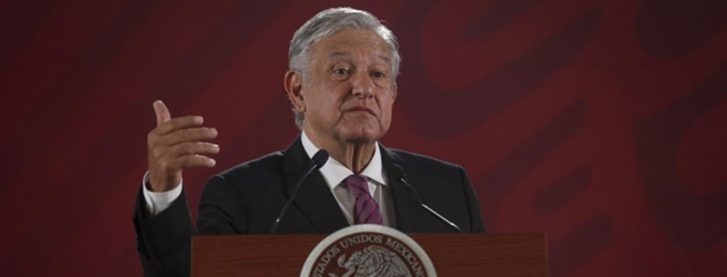 Andrés Manuel a la ofensiva: reforma de Peña ofendía al magisterio