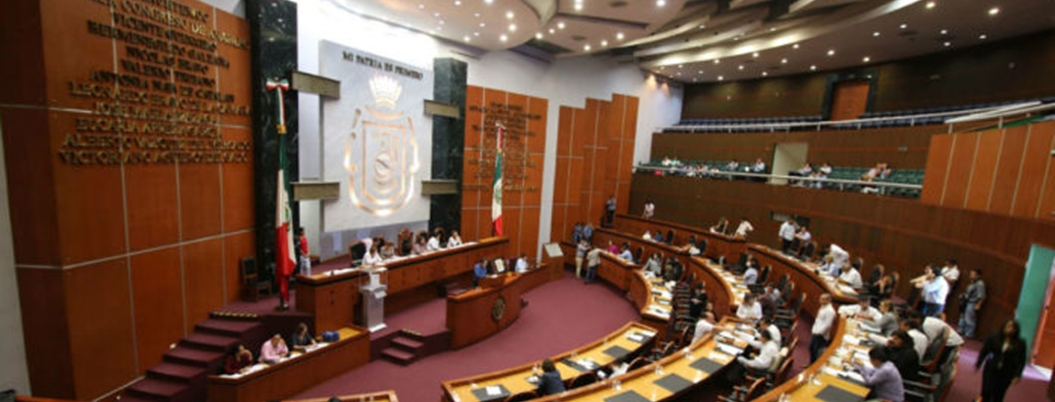 Retrasan presentación de Ley de Comunicación Social hasta septiembre